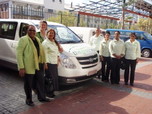The-Green-Cab-Staff-at-VJ